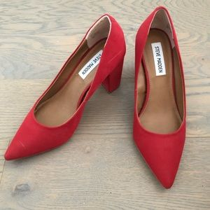 Red Chunky Pointed-toe Heel